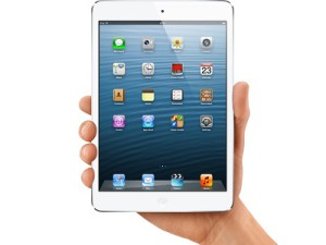 Core Group announced that the Apple iPad with Retina display tablet and the smaller iPad mini will be made available in South Africa this weekend (image: Apple)