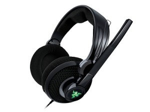 The new and improved Razer Carcharias gaming headset for the Xbox 360 (image: Razer)