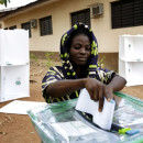 Kenya: authorities call for calm as election results go online