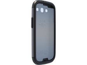 Otterbox's Commuter protective case in it's all-black design (image: Otterbox)