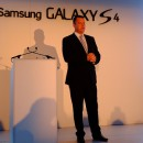 Samsung launches Galaxy S4 in South Africa