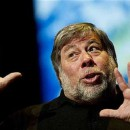Apple co-founder Wozniak supports NSA whistleblower