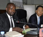 Hon Minister of Youth and ICT, Jean Philbert Nsengimana and Ambassador Hwang Soon-Taik of South Korea to Rwanda (image: file)