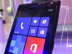 Nokia's new Lumia 1020 (image: Charlie Fripp)