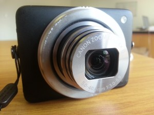 Canon's PowerShot N (image: Charlie Fripp)