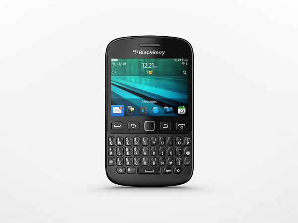 The social BlackBerry 9720 smartphone in blue is now available to customers in South Africa. (image: BlackBerry)