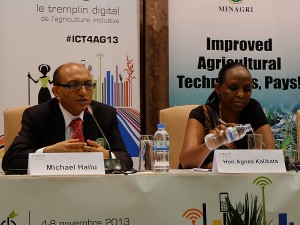 Rwandan Minister of Agriculture Dr. Agnes Kalibata (right), and Michael Hailu, Director of CTA (image: Charlie Fripp)