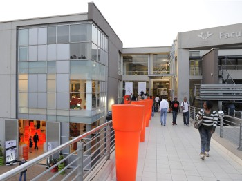 The University of Johannesburg (UJ) has undertaken a decision to make tablets compulsory for first-year students (image: UJ)