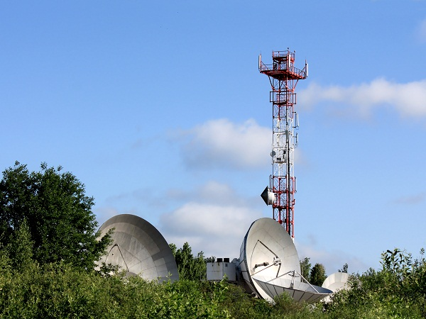 Globalstar has launched a prepaid satellite service. (Image source: Shutterstock.com)