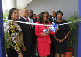 L-R: Olusola Oworu, Hon. Commissioner, Commerce & Industry, Lagos State; Fola Adeola, Chairman, MainOne; Omobola Johnson, Hon. Minister of Communications Technology and Funke Opeke, CEO, MainOne at the launch of MainOne's new Tier III Data Center, MDX-i.