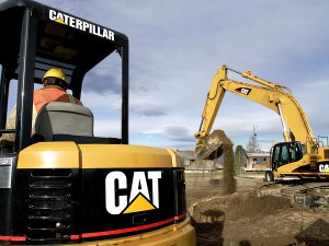 Caterpillar unveils free e-learning website for technicians in Africa.