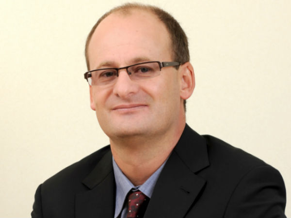 De Wet Bisschoff, Managing Director of Communications, Media and Technology at Accenture in South Africa.