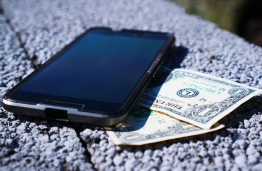 What to look out for when buying a second hand phone.