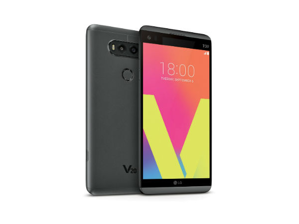 The LG V20 comes with the Android 7.0 Nougat right out of the box. (image: LG)