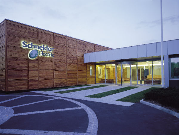 Energy and automation specialists, Schneider-Electric signs on as Gold Sponsor of #IOTFA