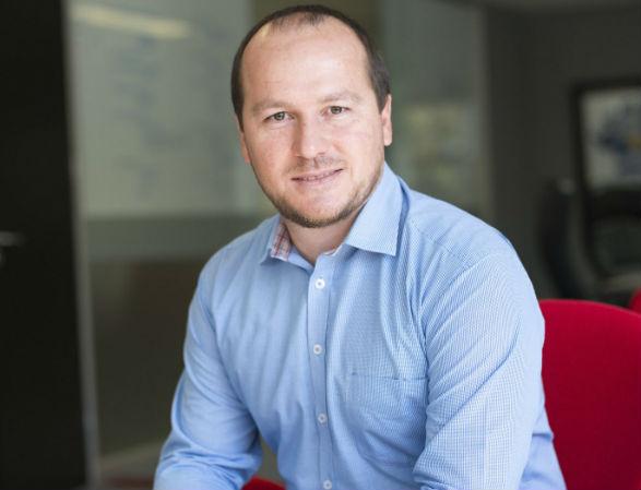 Leon Coetzer, COO at redPanda Software.