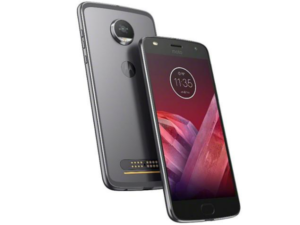 Motorola MotoZ2 Play and JBL SoundBoost, a perfect match