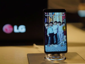 LG has launched its new G7 ThinQ in SA in a bid to give its mobile business a boost.