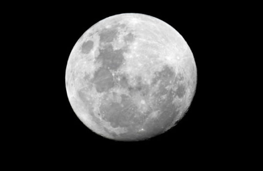 Russian hopes to havea lunar colony established by the year 2040.