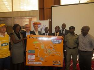 Huawei Uganda Managing Director Radoslaw Kedzia hands over sponsorship to MTN Uganda CEO Mazen Mroue and his team. (Image source: Huawei)