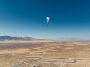Loon successfully sends a single internet connection 1000km across seven balloons