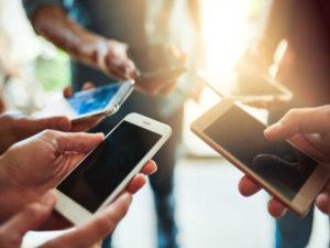 Worldwide smartphone sales will decline in 2019
