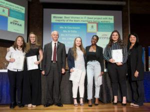 IITPSA awards a University of Pretoria all-girls B Com Informatics project team