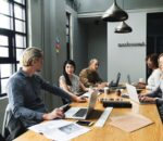 Kingson Capital partners with AKRO to support South African startups.
