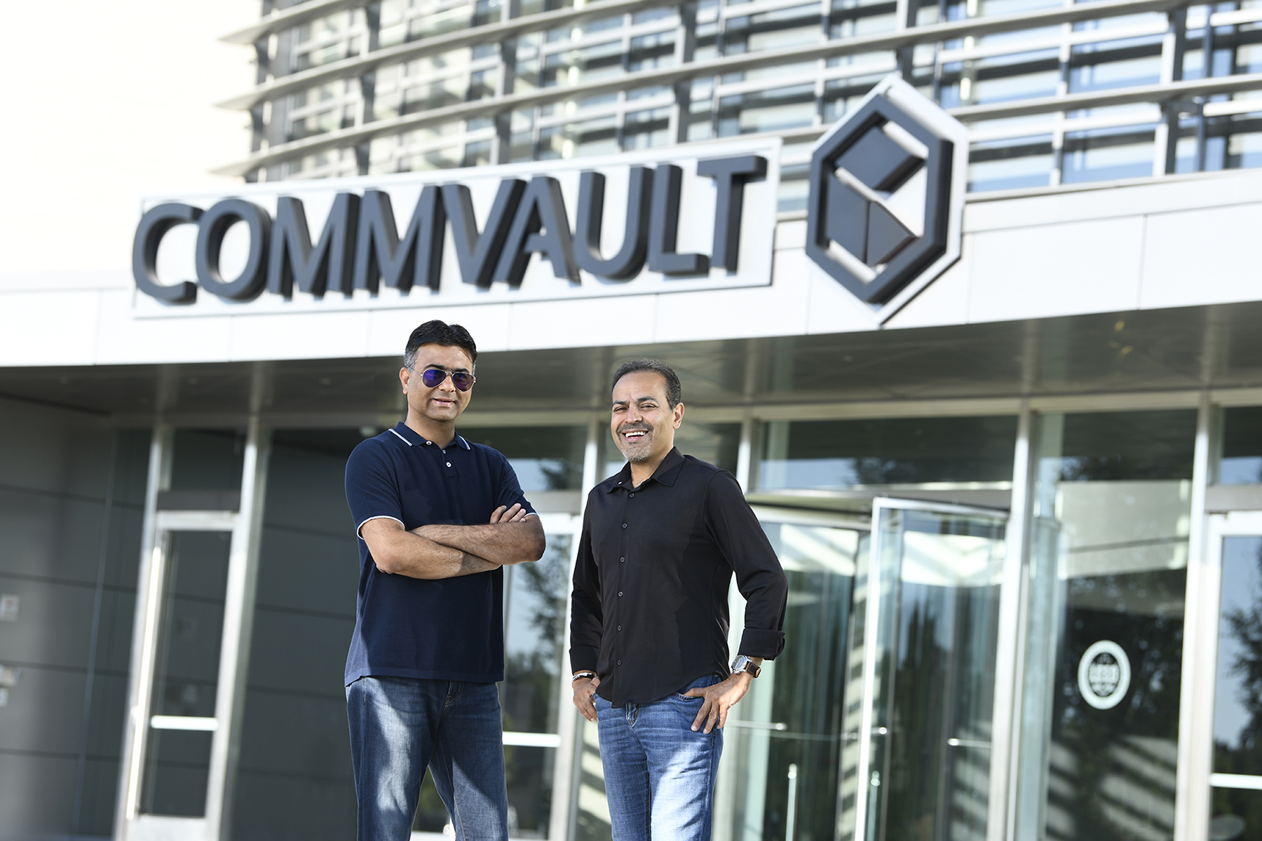 Avinash Lakshman, CEO of Hedvig (left), and Sanjay Mirchandani, CEO of Commvault (right)