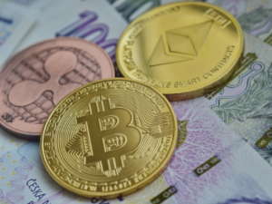 South African crypto-exchange cuts trade fees in half